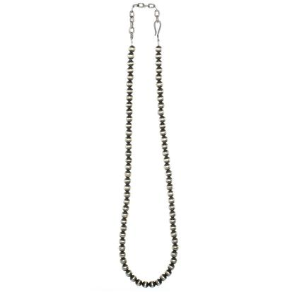 STT Navajo Pearl 8mm 24in Necklace