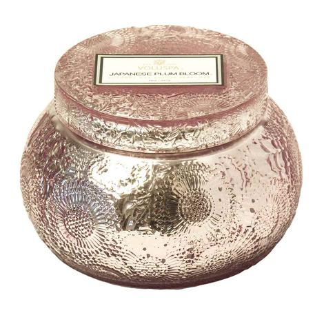Voluspa Embossed Chawan Bowl Japanese Plum Bloom Candle