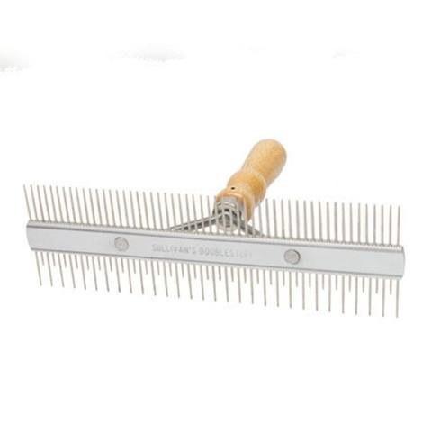 Stimulator Fluffer Comb with Wood Handle