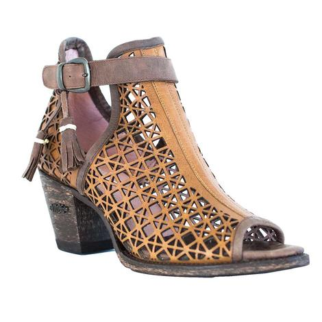 Miss Macie Heaven to Betsy Buckle Women's Shoes