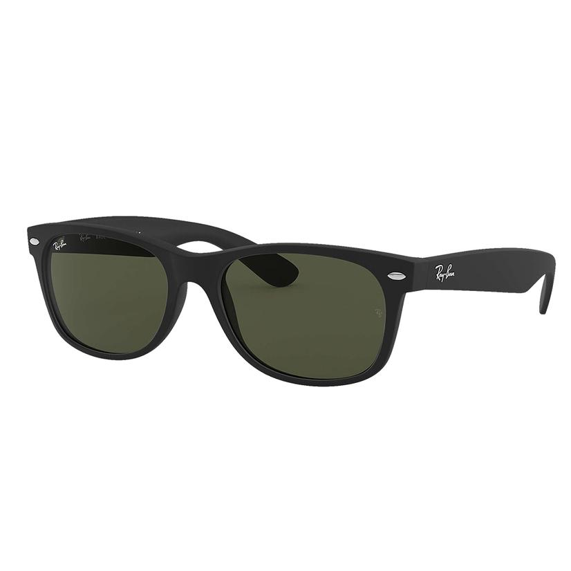 Ray- Ban Wayfarer Classic Black Frame Sunglasses With Green Classic G15 Lenses