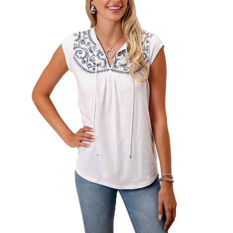 Roper White Embroidered Women's Peasant Top