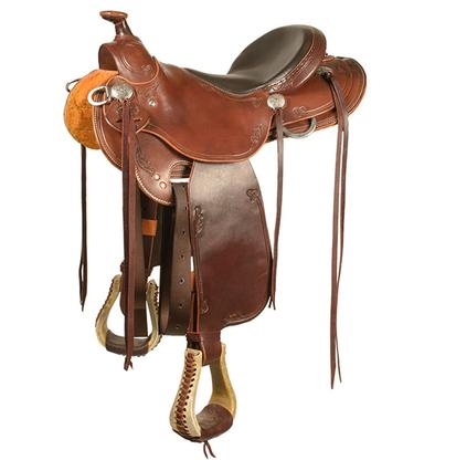 Trail Saddle with Round Skirt