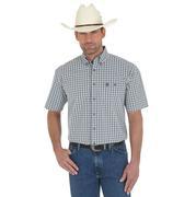 George Strait by Wrangler Mens Short Sleeve Plaid Shirt