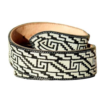 Black & White Cintos Piteados Belt
